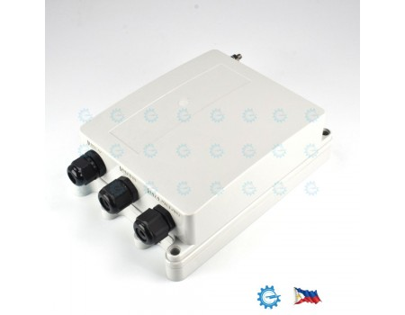 Weatherproof IP66 Polycarbonate Enclosure with Grounding and Cable Glands